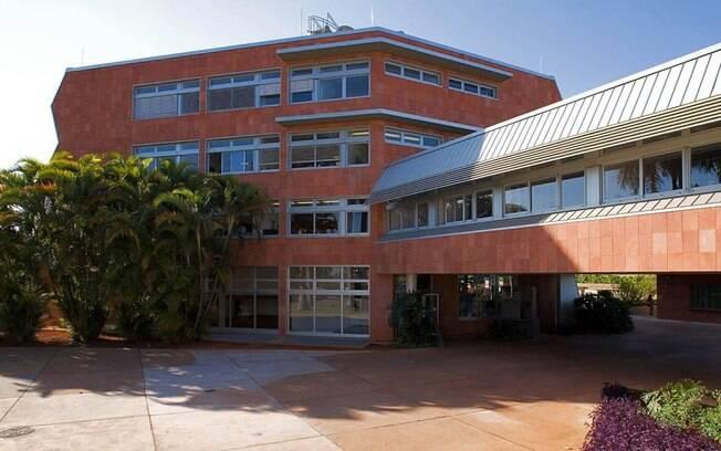 Fachada da Embaixada da Alemanha em Brasília