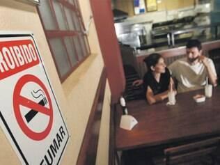 Dos cerca de 55 mil bares e restaurantes do Estado, nenhum  chegou a ser multado