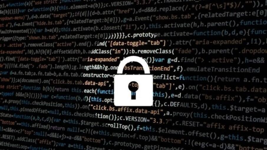 Hacker vendeu dados de Imposto de Renda de brasileiros no exterior e recebeu em criptomoedas