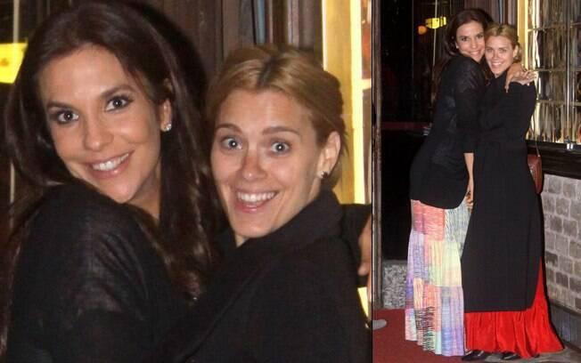Ivete Sangalo e Carolina Dieckmann fazem pose para os paparazzi