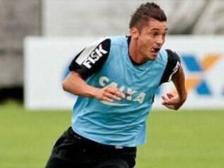 Diego Macedo não vinha tendo oportunidades no Corinthians