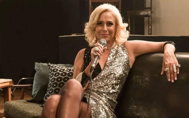 Andréa Beltrão relembra experiência que teve ao viver Hebe na TV e cinema