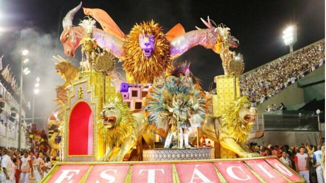 Estácio de Sá abre desfiles homenageando São Jorge