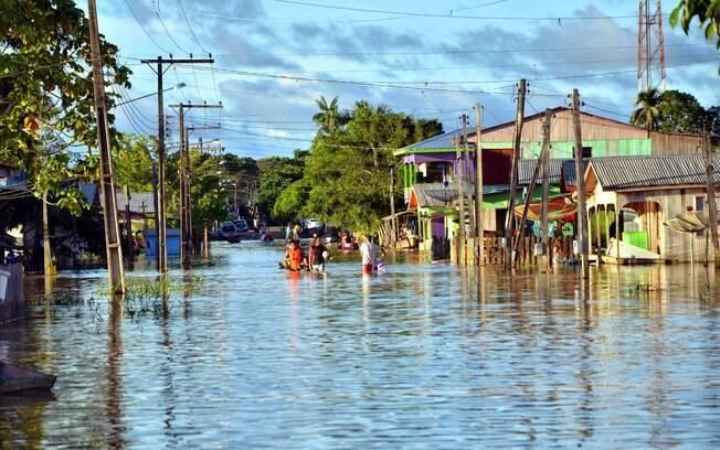 Transbordamento de rio mantém a pequena Taraucá (AC) debaixo d´água desde sábado (31). Foto: Asscom Prefeitura de Tarauacá