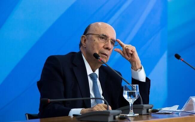 Henrique Meirelles fala que crise política não faz economia brasileira desacelerar