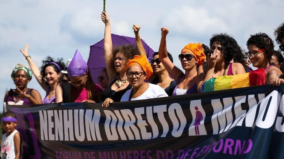 Número de projetos relacionados a viulência sexual e aborto cresceu, mas maioria das PLs não é favorável às mulheres