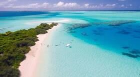 Ilhas Maldivas oferecerão vacinas contra Covid-19 para turistas
