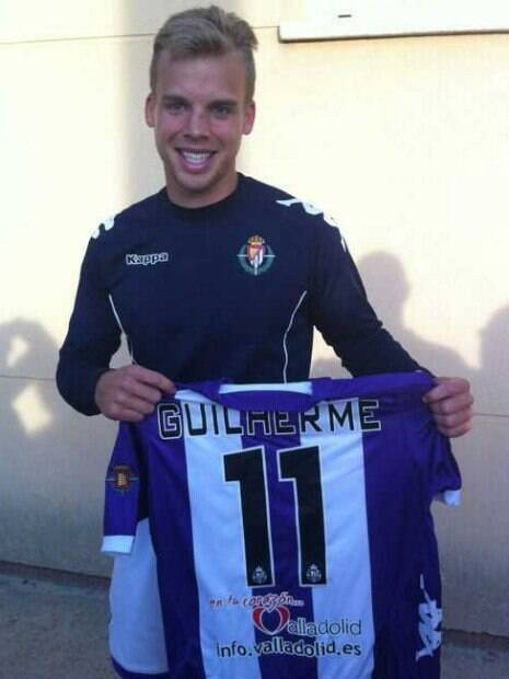 Guilherme Fioravanti, lateral brasileiro. Ele jogou no Real Valladolid