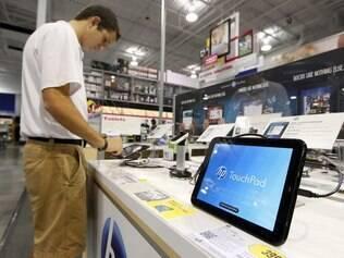 Tablet TouchPad, o primeiro com WebOS, fracassou nas vendas e produção foi cancelada