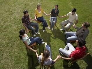 A constelação familiar é uma forma de terapia em grupo