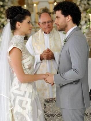 Lili da Penha se casa com Márcio Hayalla