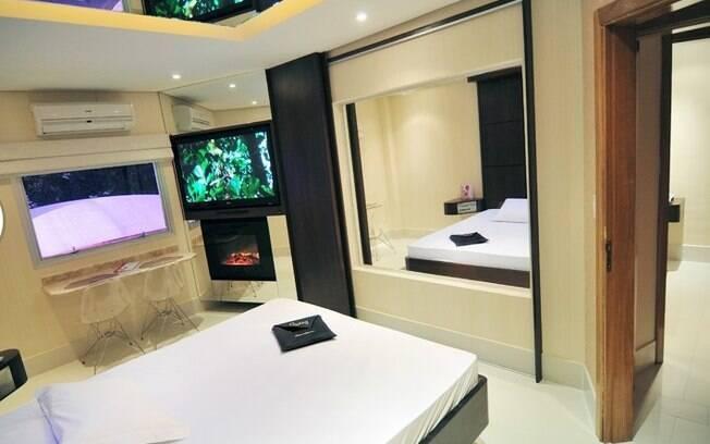 Suíte permite interação com o casal do quarto ao lado