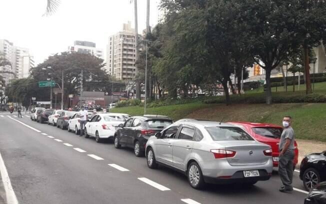 Motoristas de transporte por aplicativo protestaram nesta sexta-feira (17).
