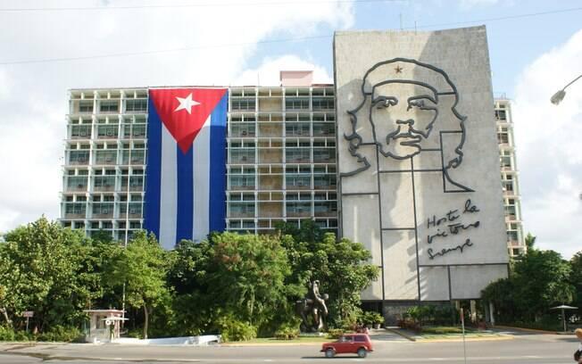Após mais de 50 anos, os EUA e Cuba anunciaram a retomada de relações bilaterais em 2014