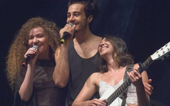 Anavitória e Tiago Iorc estão vivendo uma relação conturbada