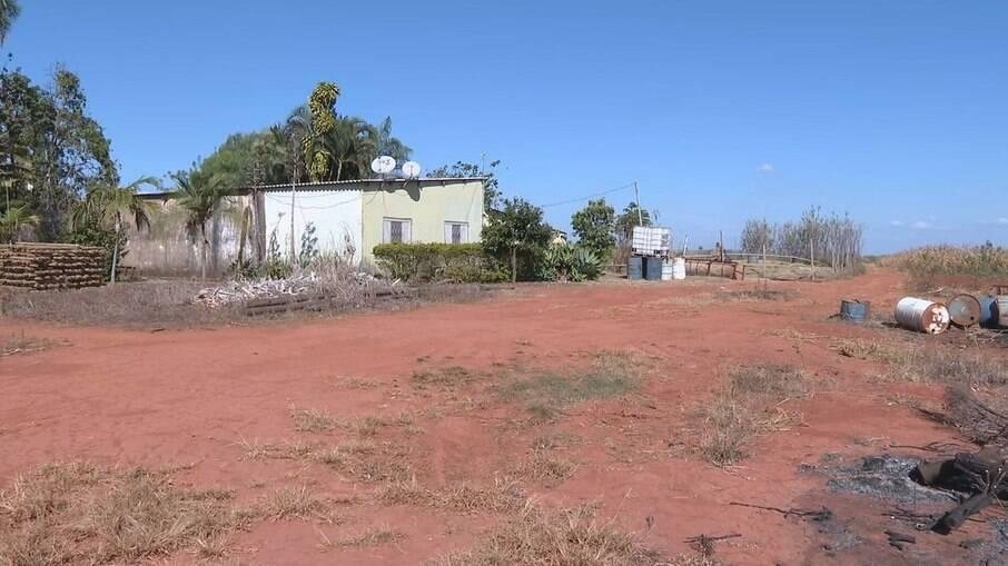 Chácara onde ocorreu o triplo homicídio, no Incra 9, em Ceilândia, no DF