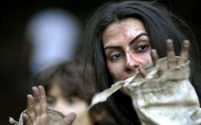 Cleo Pires como Ana Terra depois de filmar a cena de estupro de sua personagem: emoção no set
