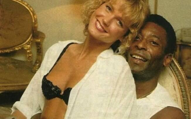 Xuxa se relacionou com Pelé no começo de sua carreira e afirmou que foi traída diversas vezes pelo ex-jogador