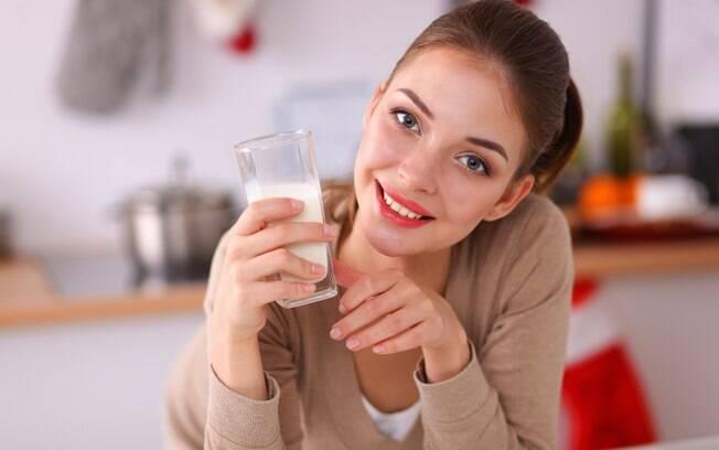 Você sabe qual a melhor opção de leite vegetal para seus objetivos?