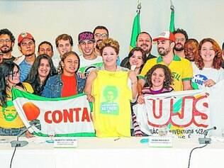 """Dilma: """"Engajamento dos jovens lembra o movimento pelas Diretas"""""""
