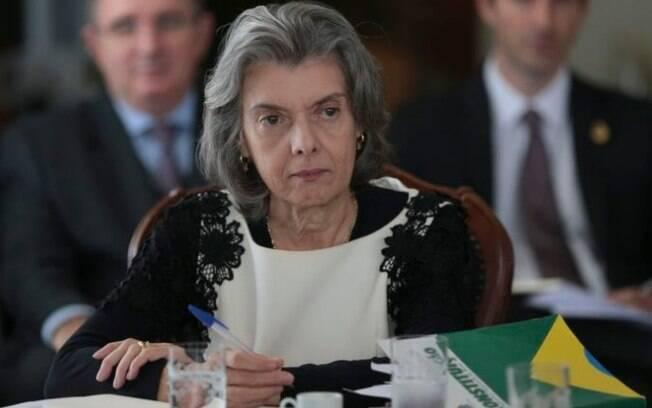 Para Cármem Lúcia, o estatuto constitucional da magistratura já prevê a responsabilização de juízes