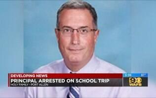 Diretor de escola católica pede demissão após ser flagrado em boate nos EUA