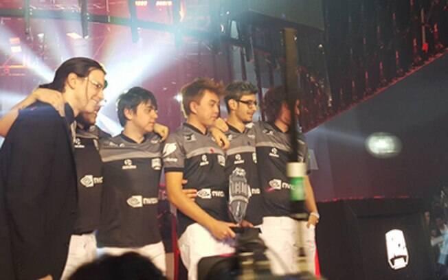 INTZ foi o grande vencedor da primeira etapa do campeonato brasileiro de LoL