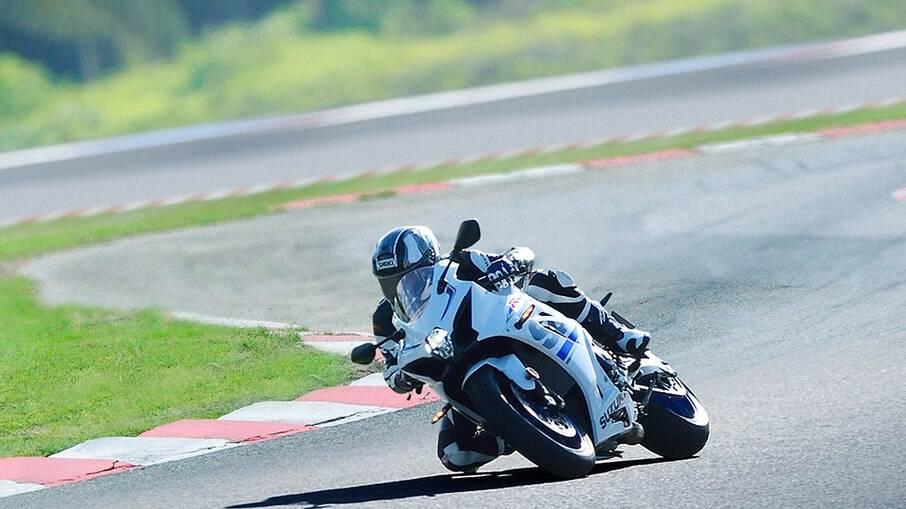 Veja todos os detalhes sobre os descontos oferecidos pela Suzuki Motos em abril
