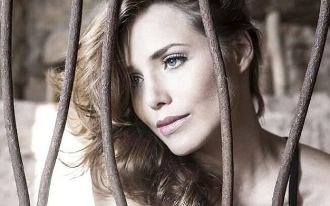 Letícia Colin fala de sua personagem em série