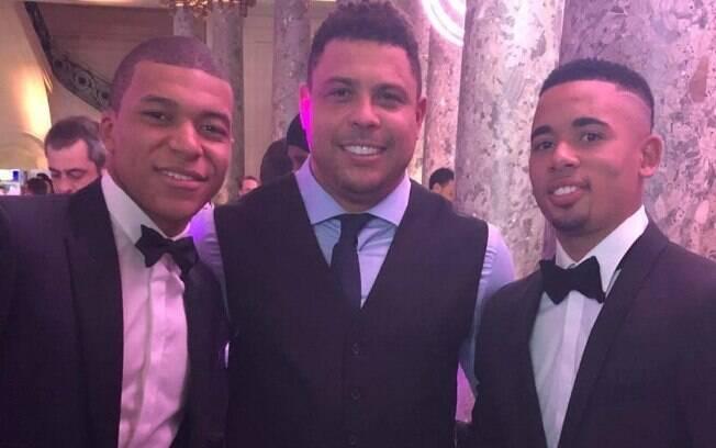 Companheiro de clube Mbappe, ex-jogador Ronaldo Fênomeno e atacante Gabriel Jesus