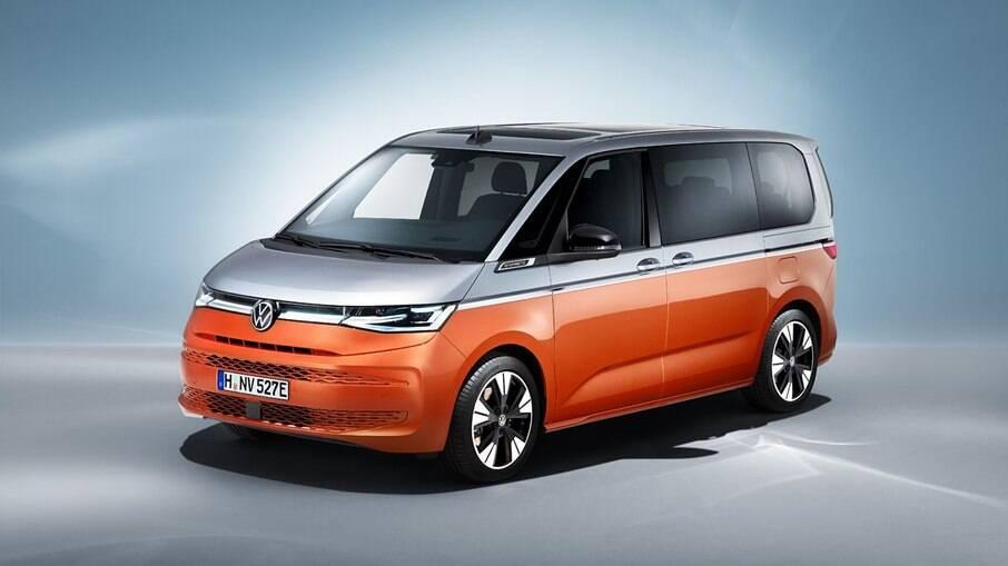 VW Multivan T7 nada mais é do que a evolução da velha Kombi na Europa e que foi vendida no Brasil até o fim de 2013