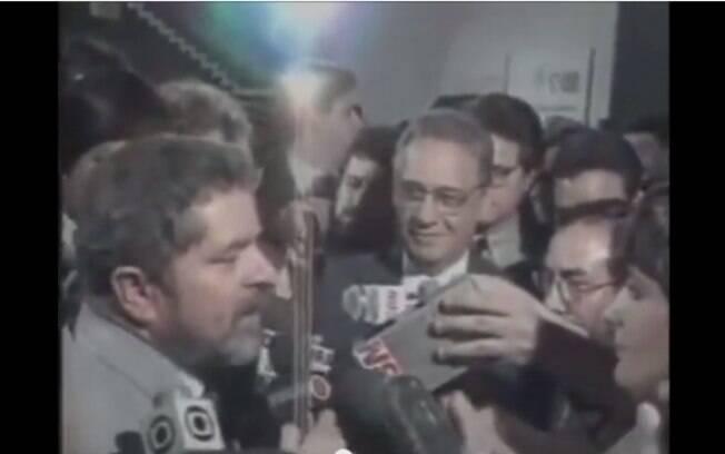 Em 1989, o PT lança Lula para disputar a presidência da República; Por pequena diferença de votos, perdeu a disputa
