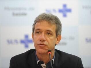 Foto: Elza Fiúza/Agência Brasil 11/10/2014- Brasília- DF, Brasil- O ministro da Saúde, Arthur Chioro, informa que o exame do paciente suspeito de infecção pelo vírus ebola, teve resultado negativo.