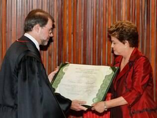 Dilma é diplomada para 2º mandato
