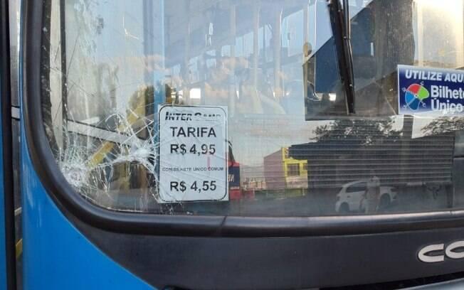 Ônibus são vandalizados na região do Parque Oziel em Campinas