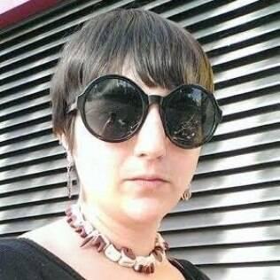 Zoe Stavri, blogueira feminista que fez pão com levedura retirada da própria vagina