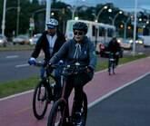 Dilma mantém rotina de exercícios e anda de bicicleta no RS