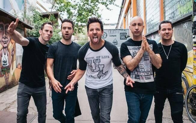 15 anos de sucesso e nostalgia: Simple Plan simpatiza com turnê vintage