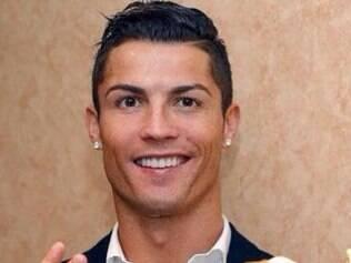 Após receber o prêmio, Cristiano Ronaldo fez um agradecimento ao Real Madrid, aos companheiros de equipe e à família