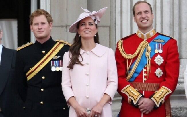 Kate fez a última aparição pública antes de dar à luz em 15 de junho, durante comemoração oficial do aniversário da rainha Elizabeth II