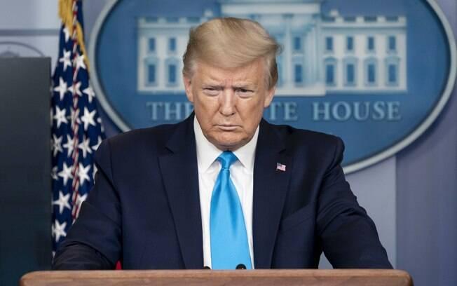 Críticas do presidente crescem com a aproximação da derrota nas urnas norte-americanas