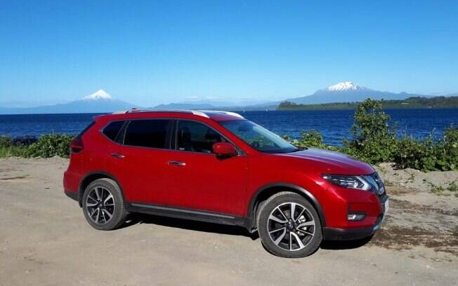 Nissan X-Trail e os vulcões Osorno ne Calbulco