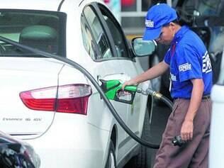 Expectativa. Diminuição do imposto pode incentivar toda a cadeia do etanol, do canavial ao posto