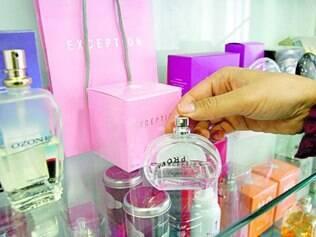 Peso. Nacional ou importado, grande parte do preço do perfume é tributo, o que encarece o produto