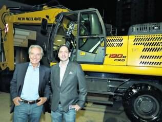 Parceiros.   O diretor comercial da Bamaq, Max Rodrigues, e o vice-presidente da New Holland Construction para a América Latina, Nicola D'Arpino