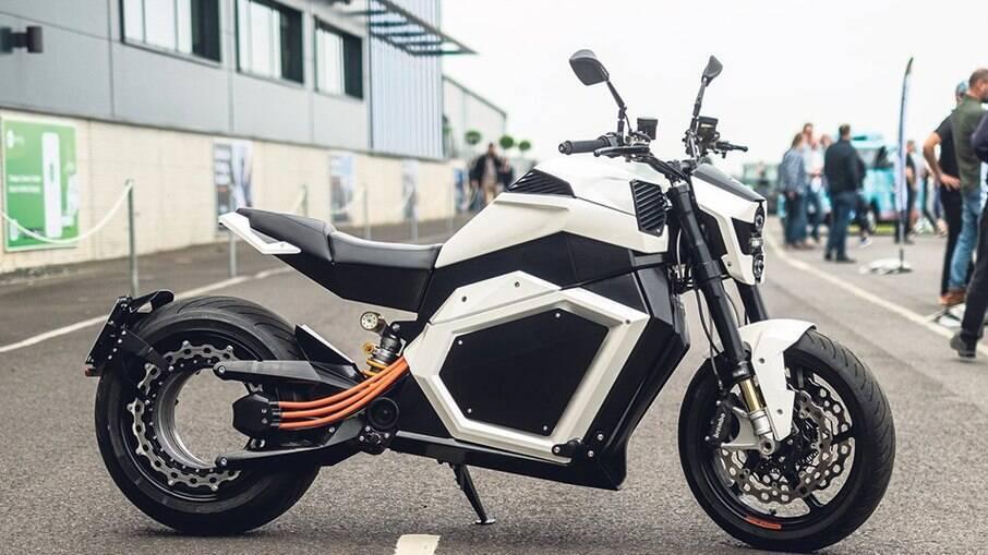Motocicleta será vendida por R$ 104 mil com previsão de entrega para 2022 na Europa