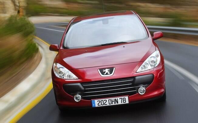 Peugeot 307: há dez anos, hatch francês era o queridinho dos brasileiros, com 1.250 unidades vendidas por mês