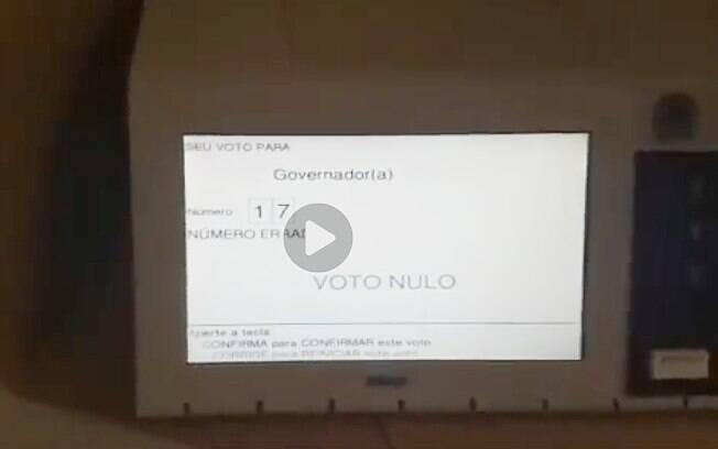 Fake news nas eleições: vídeo que mostra urna 'anular voto em Bolsonaro' trata-se de equívoco do eleitor