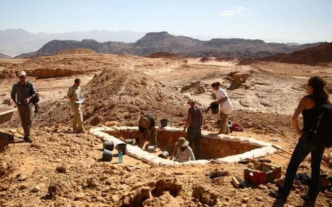 Cientistas realizaram escavações para analisar cobre que serviu como base do estudo sobre reino bíblico.