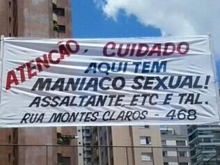 Faixa foi fixada na rua Montes Claros